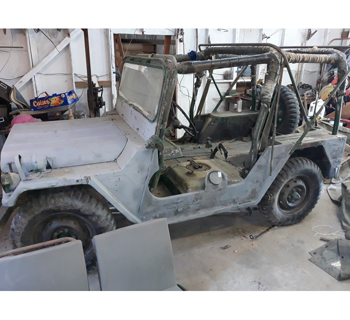 M-151 Mutt, M-37, Lots of Jeep Parts